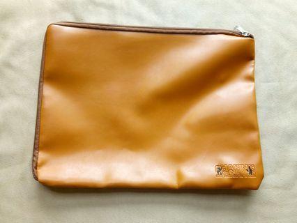 [LIKE NEW] MOE Internship Brown Laptop Sleeve