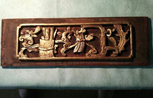 Chinese antique glided wood carving