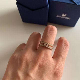 小資女孩👧施華洛世奇水晶+玫瑰金雙環戒指