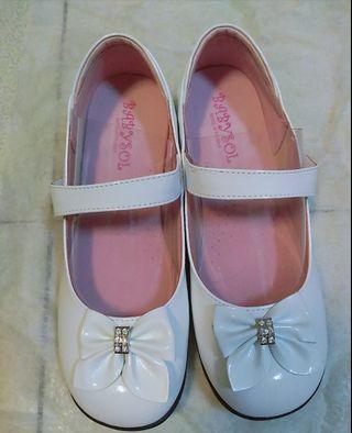 🚚 白色蝴蝶結鞋