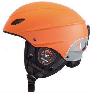 DEMON滑雪頭盔(只用過一次)