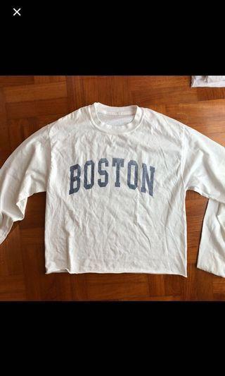 🚚 Brandy melville boston acacia pullover sweatshirt
