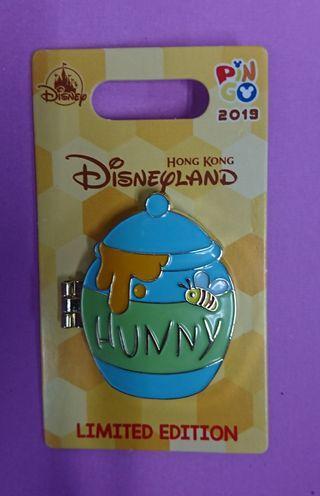 香港迪士尼樂園Hong kong Disney Pin,最新徽章襟章Pin Go (Roo) Le 600