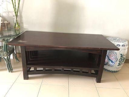🚚 Coffee table dark wood