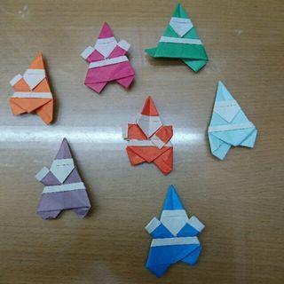 Dancing Santa Origami 七個聖誕老人在跳舞摺紙 #MTRcentral #MTRkt #MTRcwb #MTRtst #MTRmk #freepricing #newbieMay19