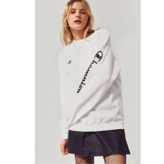 🚚 【HYPED.】Champion Basic Logo Sweater (JAPAN)