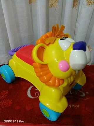 儿童Fisher Price车