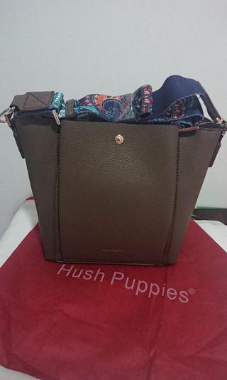 Tas Hush Puppies satchel