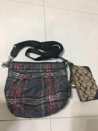 🚚 Coach Small sling bag and wristlet