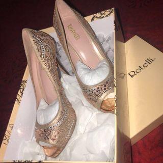 Sepatu Pesta Rotelli