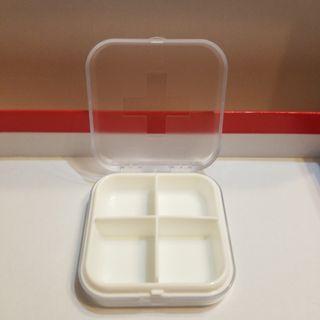 4格藥盒 收納盒