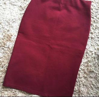 MAROON PENCIL SKIRT