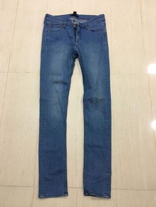 🚚 F21 jeans