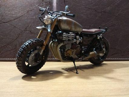 歡迎合理議價 McFarlane AMC The Walking Dead 行屍走肉 Darly Dixon Custom Bike(不是marvel Legends select shf mafex mezco revoltech comicave studio figma NECA)