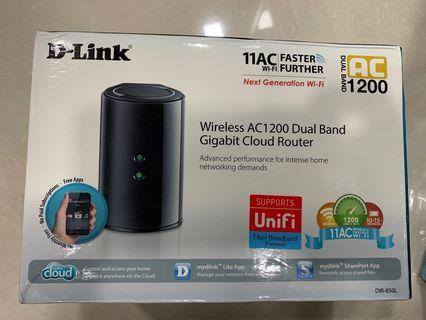 DLink Wireless AC1200 Dual band router