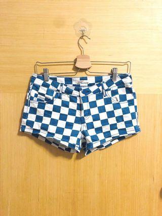 🚚 💕 checker shorts