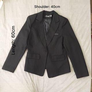 🚚 Brand new Black color woman formal suit