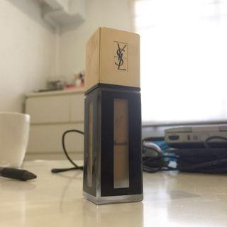 🚚 YSL Fusion Ink foundation