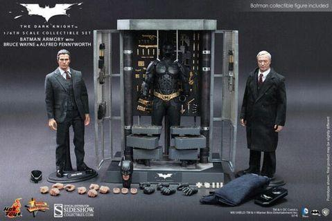 Hot Toys MMS236 Batman Armory with Bruce and Alfred (hottoys)