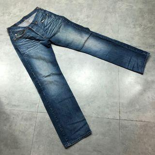 LEVI牛仔褲501