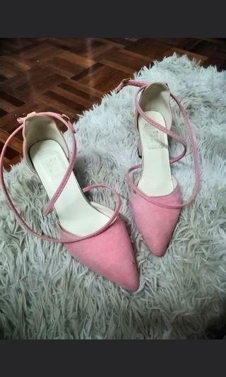 #GayaRaya Heels