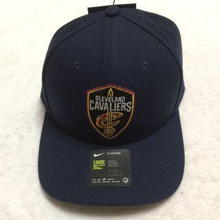 🚚 NBA 騎士隊棒球帽 Nike 製造 深藍色
