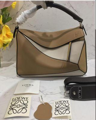 Loewe Bag size 24 cm