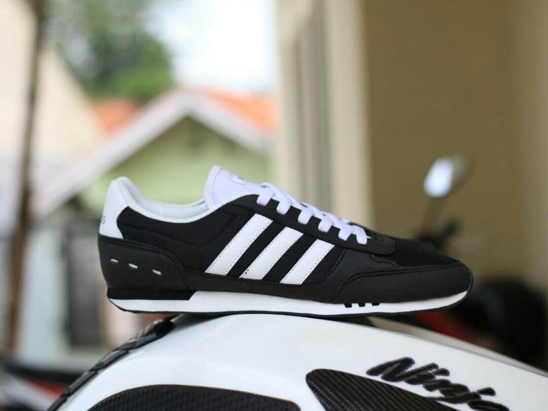 Adidas Neo CityRacer Black White 40-44