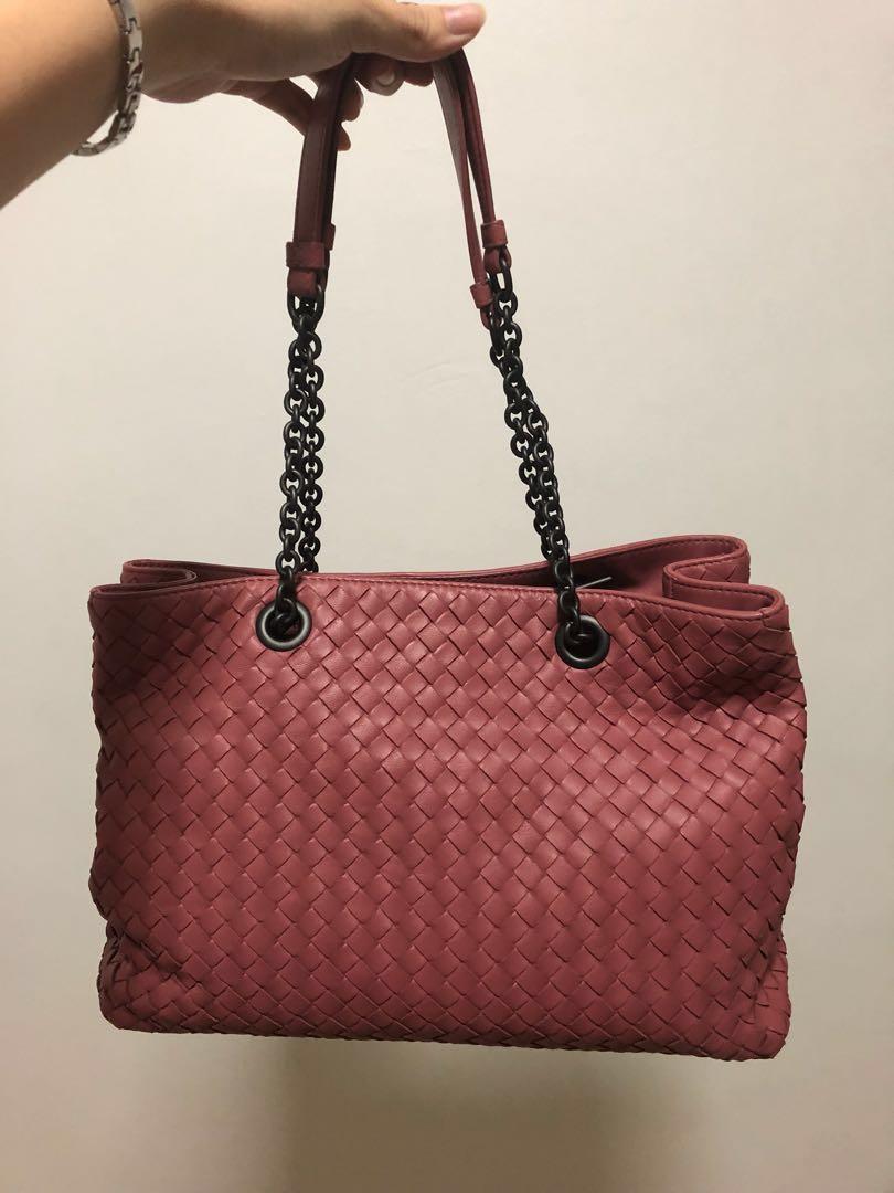 b2e1e4985 Bottega Veneta Intrecciato Nappa Medium Tote, Luxury, Bags & Wallets,  Handbags on Carousell