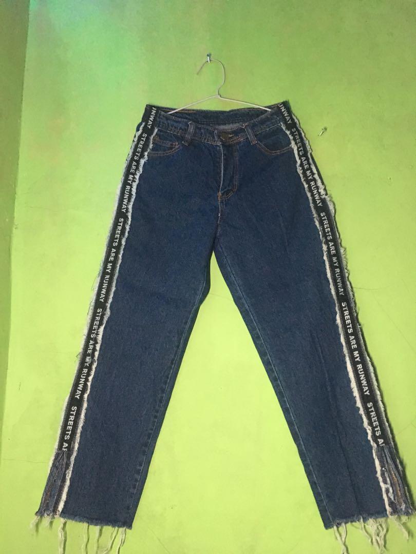 Boyfriend Jeans Runway