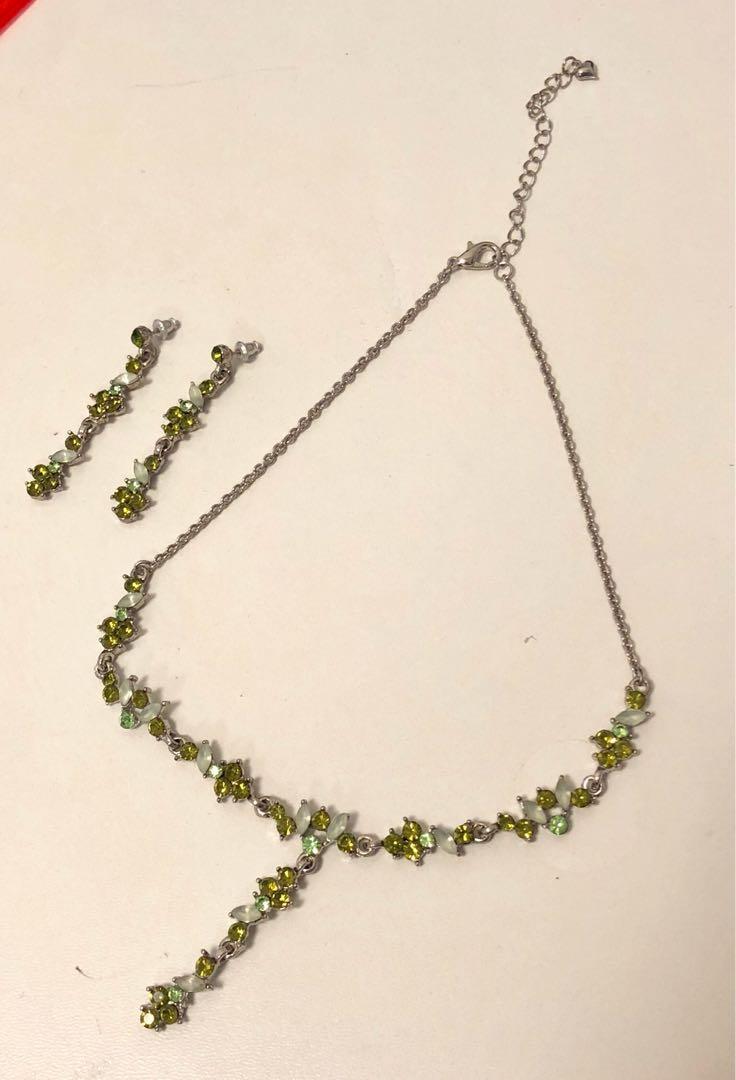 Crystal Look Necklace & Earrings set