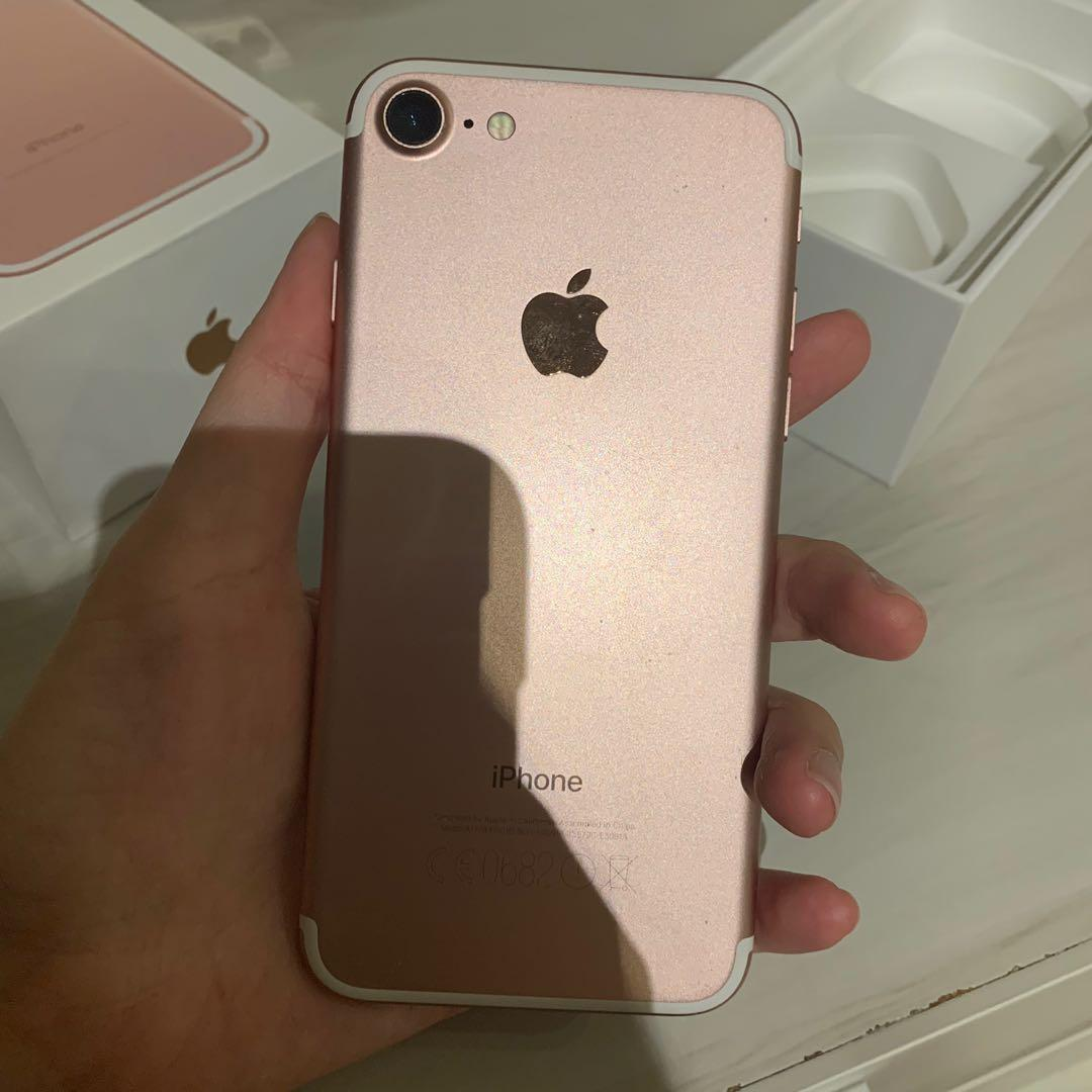 I phone 7 Rose Gold 128GB