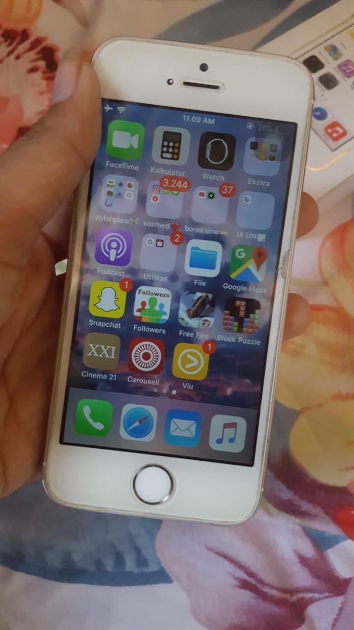 iPhone 5s 32gb/ gold