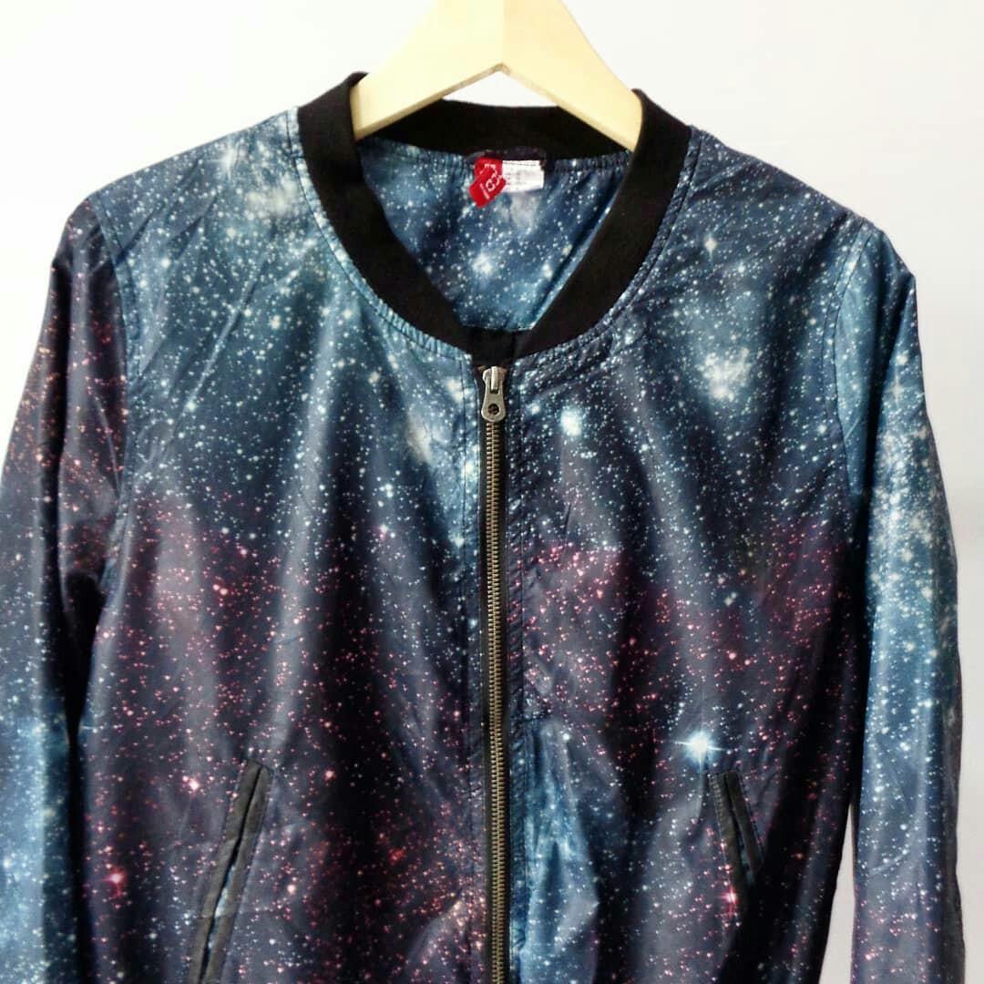 Jaket bomber galaxy H&M