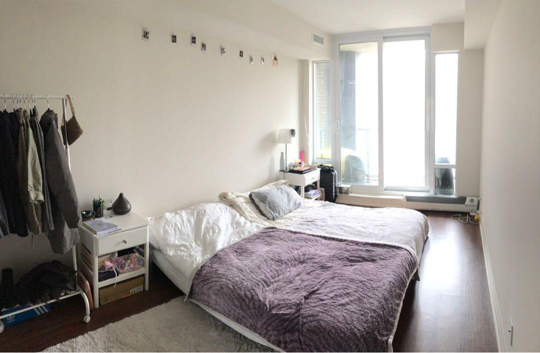 Master bedroom withe ensuite washroom, balcony, & walk-in closet! Downtown Toronto