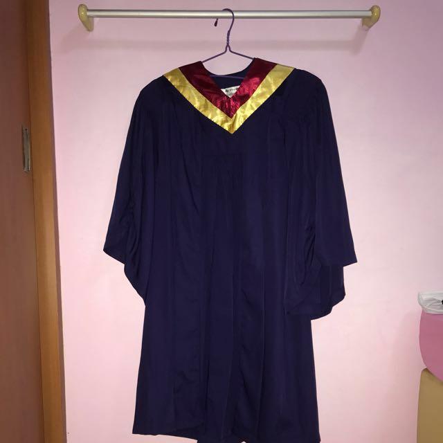 Nanyang Polytechnic (NYP) Grad Gown