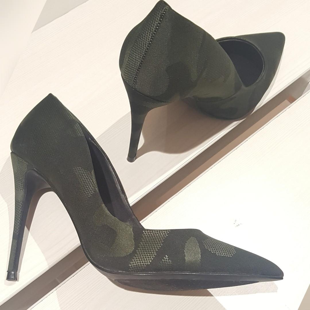 New - Steve madden army (daisie camoflage)
