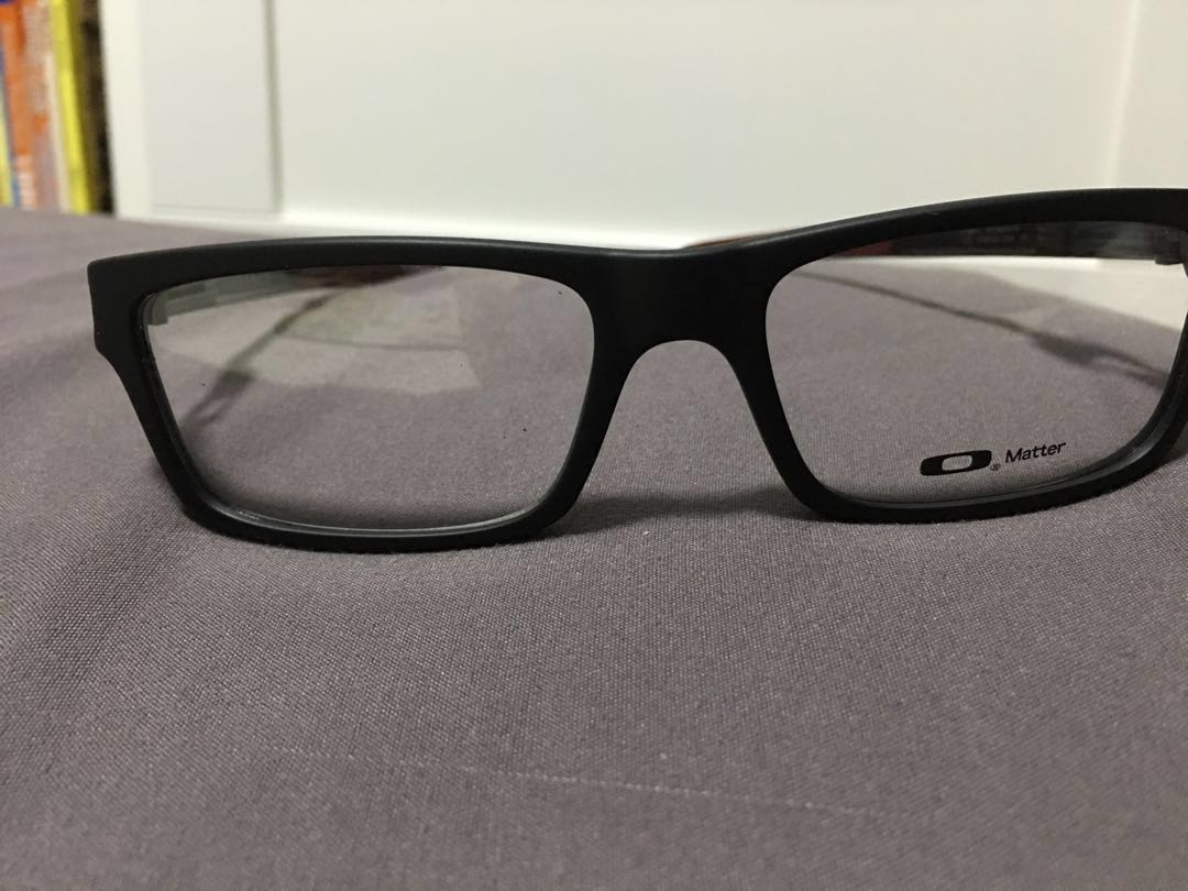 262d4ae9ef892 Oakley currency frame (spectacles