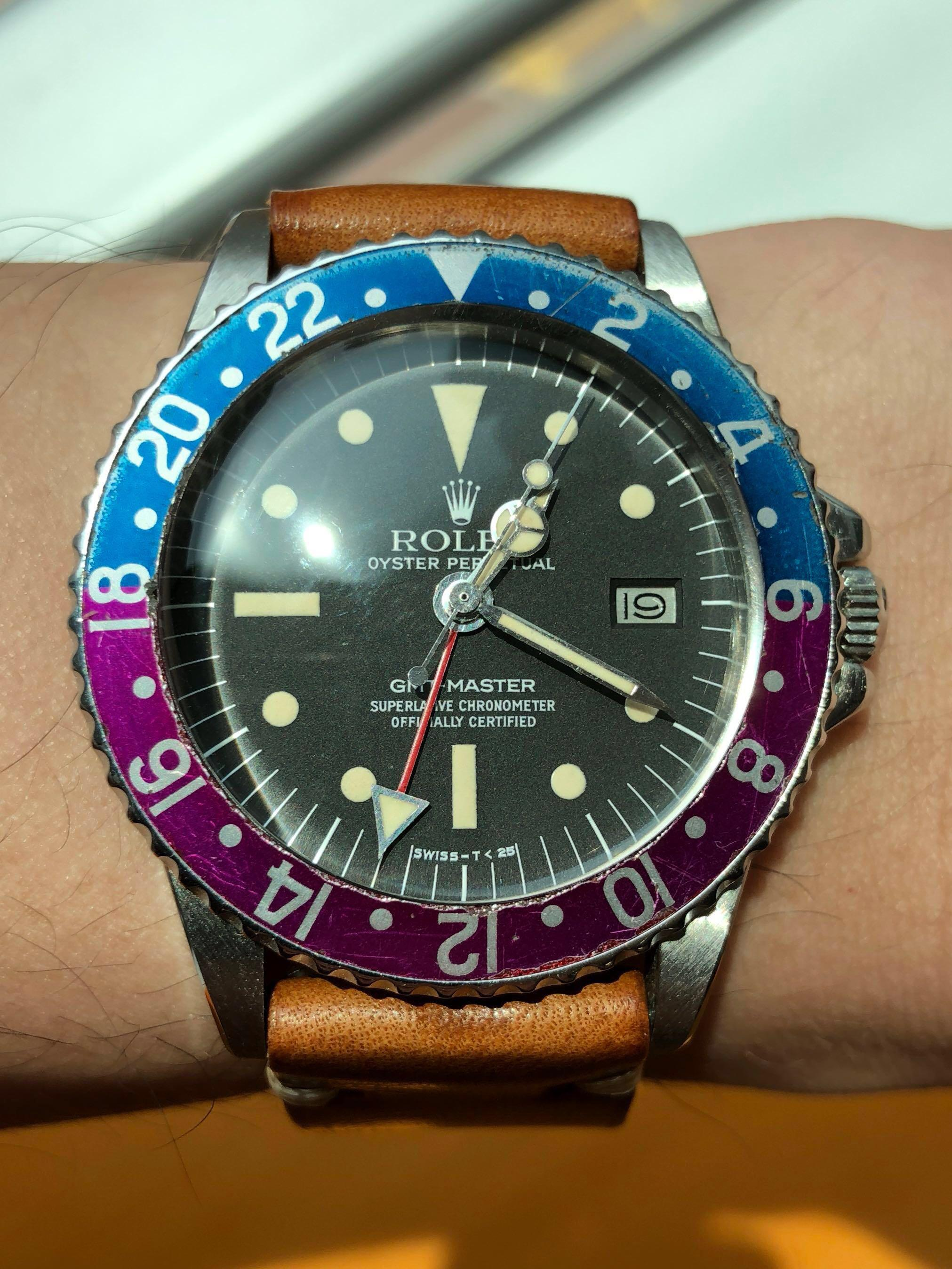 Rolex GMT 1675 Rare Fuschia Insert