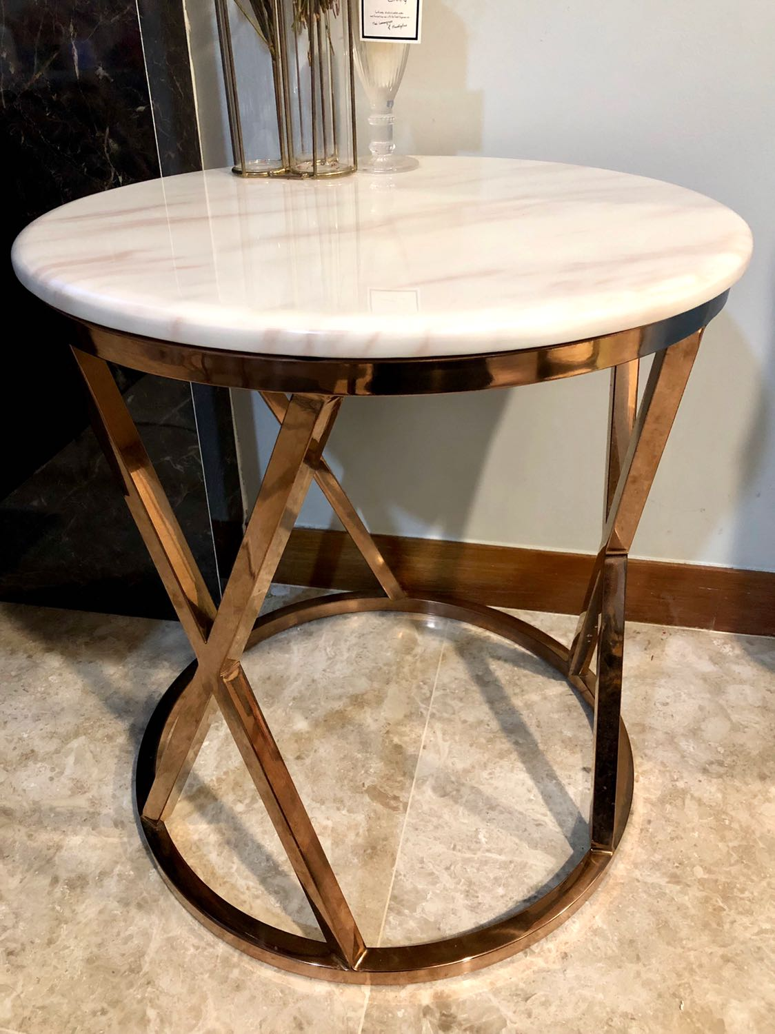 Picture of: Round Side Table With Rose Gold Legs And Marble Top Furniture Tables Chairs On Carousell