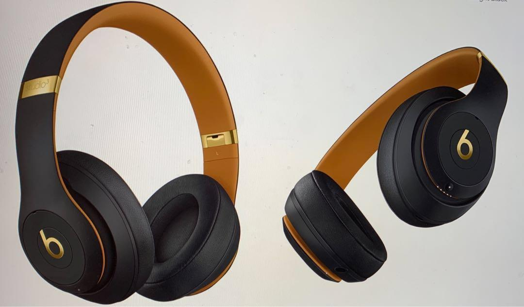 Studio3 Wireless Over-Ear Headphones The Bests skyline Collection- midnight black