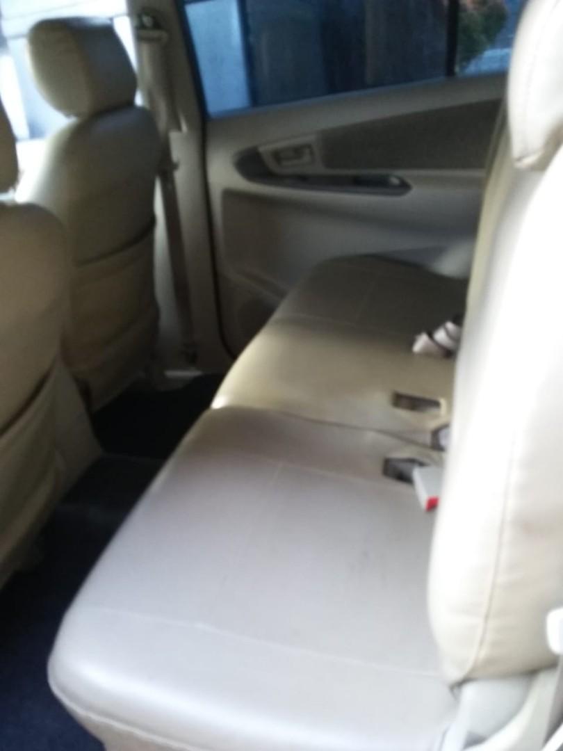 Toyota Kijang Innova 2015/3014 bln 12
