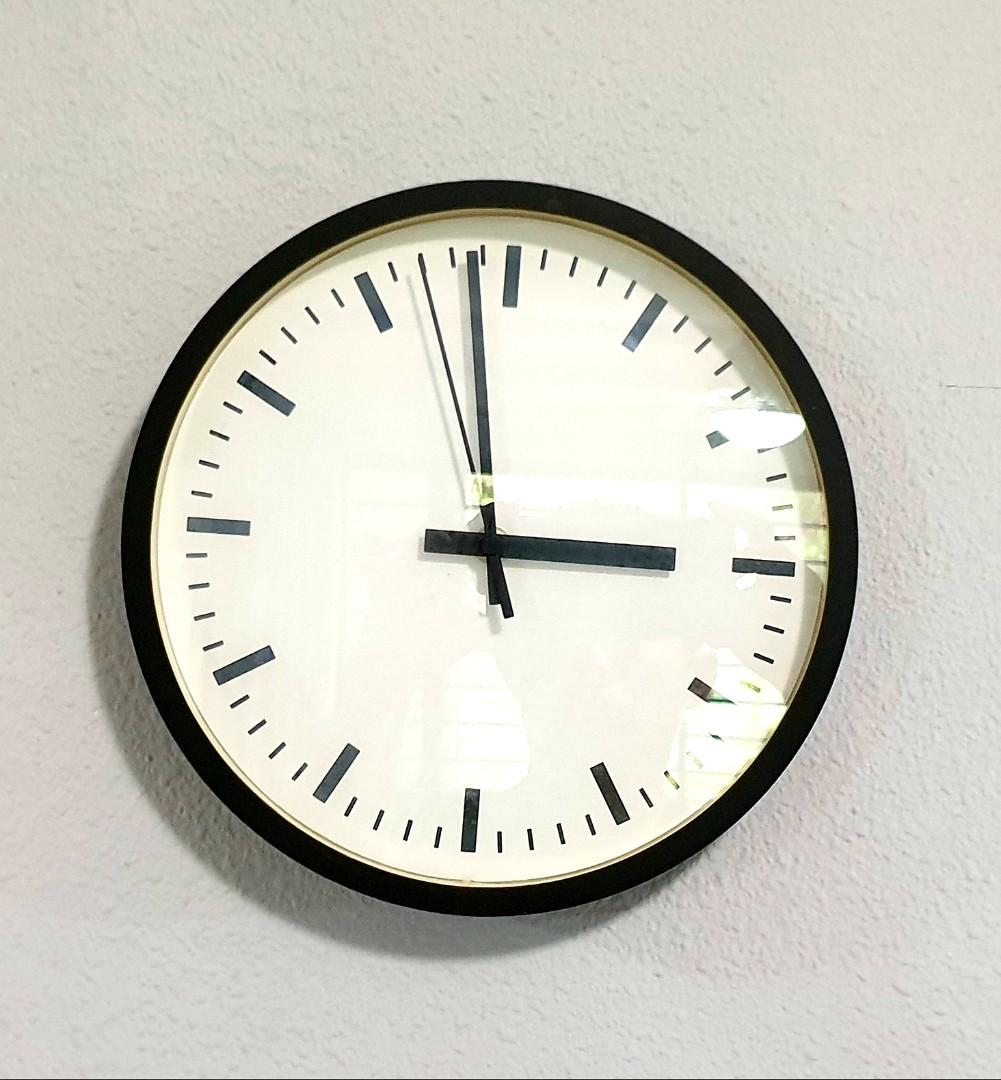 Trendy Wall Clock for Sale