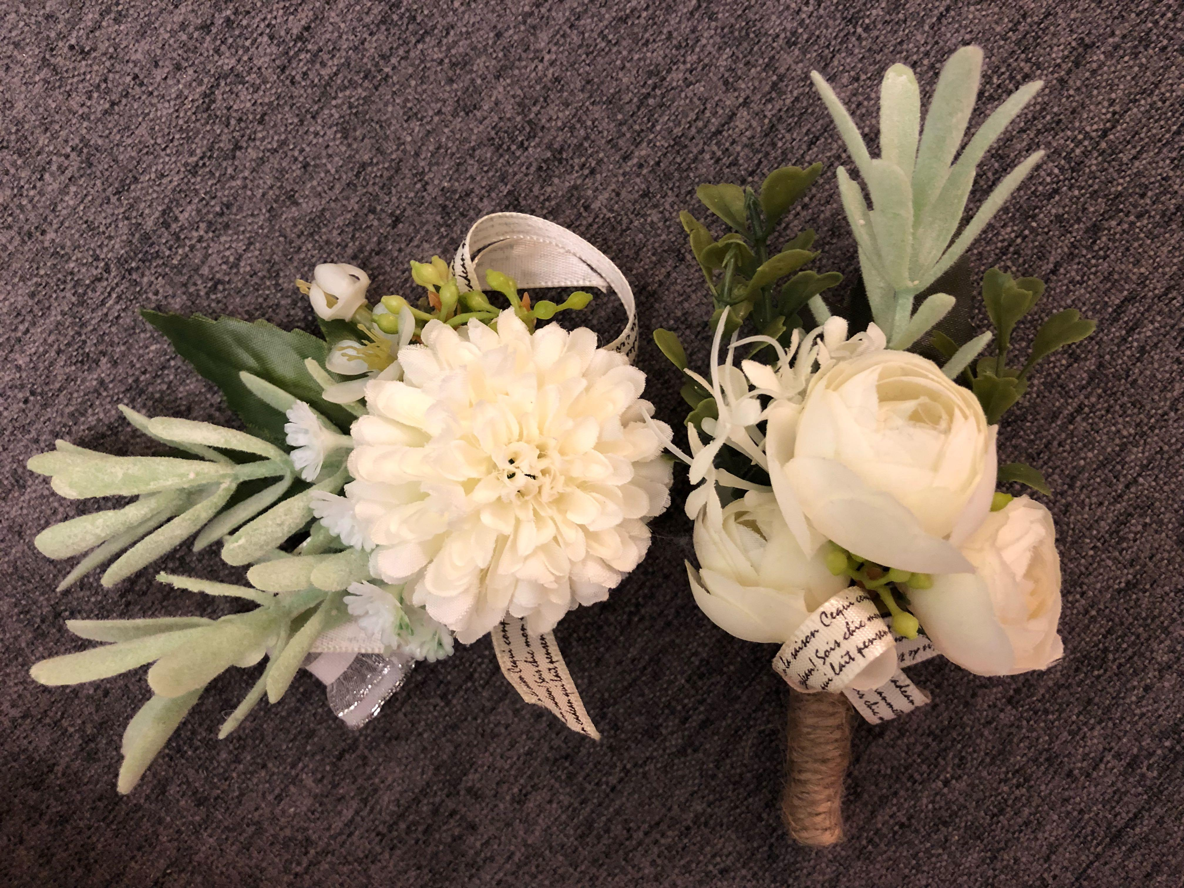 婚禮粉紅色襟花x8/ 白色手花襟花各一