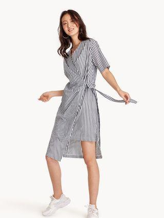 🚚 Pomelo Midi Striped Wrap Dress in Black