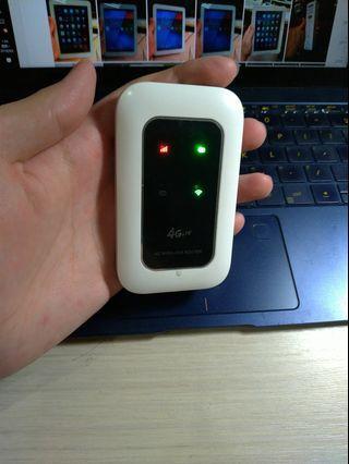 出售 4G隨身路由器 SIM卡無線分享器ROUTER網卡 中華遠傳電信臺哥大等可用3G4G