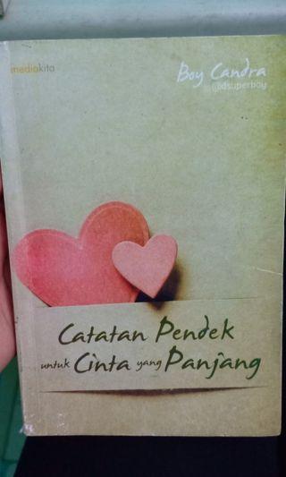 Novel Catatan Pendek untuk Cinta yang Panjang
