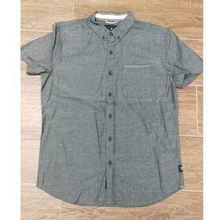 【全新】男裝全棉暗直條短袖恤衫