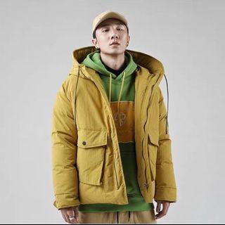 🚚 Men's winter jacket hood