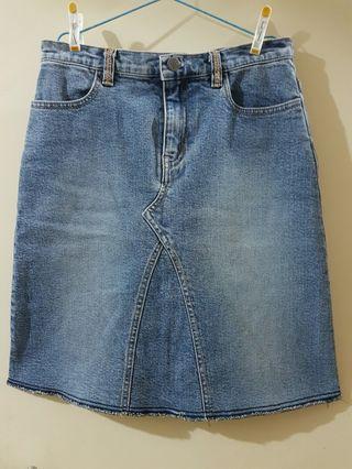 洗水牛仔裙 Denim Skirt